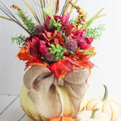 DIY glittery pumpkin vase centerpiece