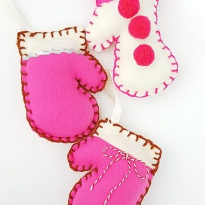 DIY Mitten ornaments for the Christmas tree