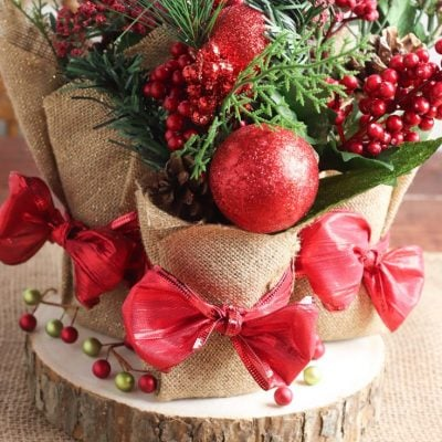 DIY Christmas centerpieces from tin cans