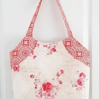 Deep front pocket tote bag pattern