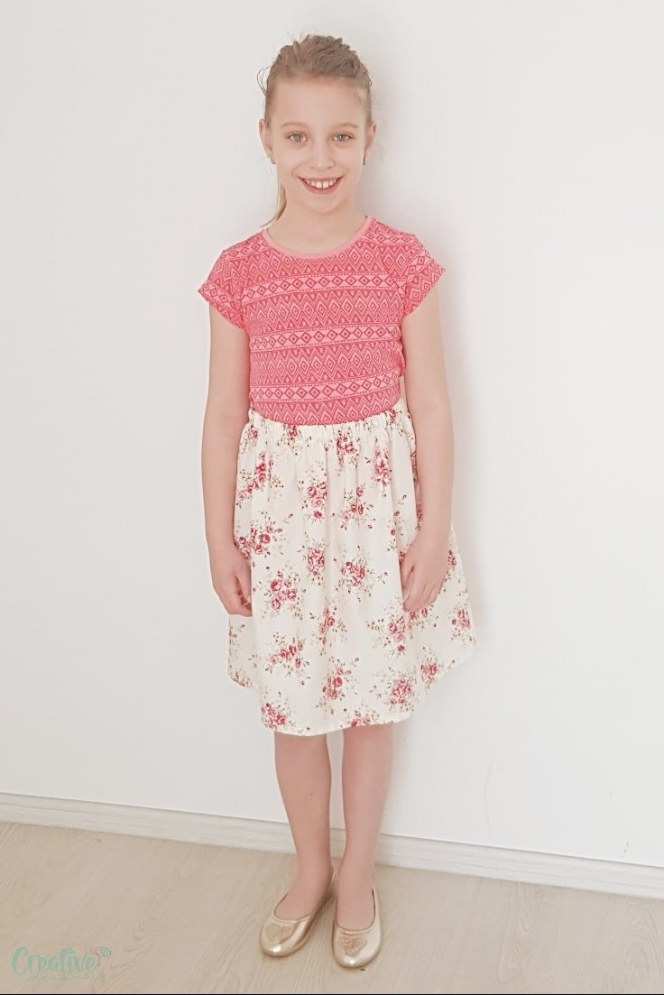 Simple skirt pattern with elastic waist