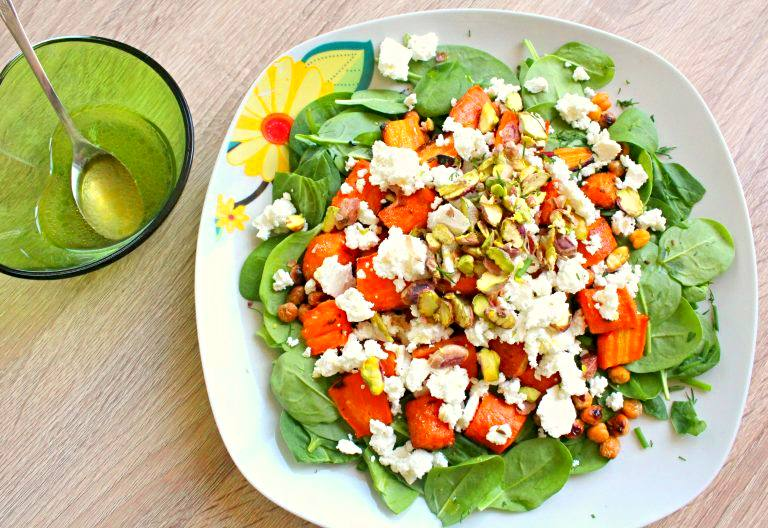 Spinach carrot salad