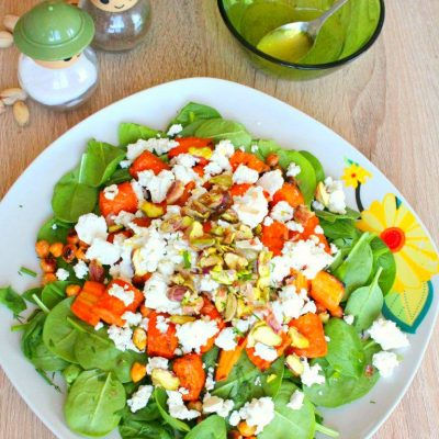 Incredibly delicious and healthy baby spinach salad you need to make today