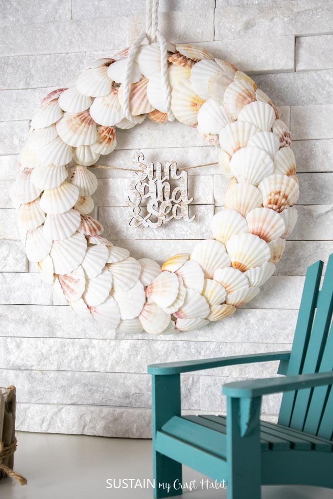 Image of a wreath made with seashells