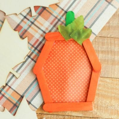 Adorable easy fall PUMPKIN CRAFT with popsicle sticks